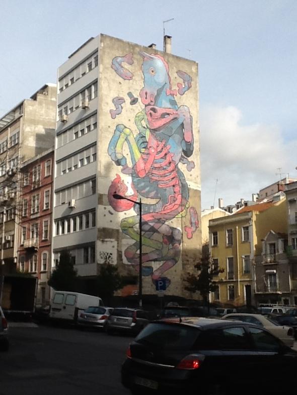 Lisbon story la città portoghese e i suoi murales Baixa rossella farinotti labrouge