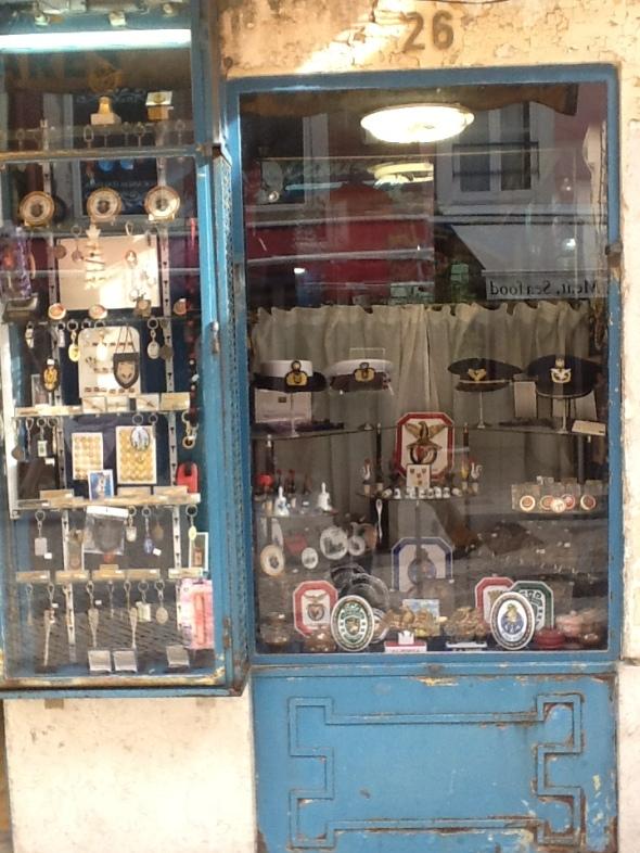 Lisbon story la città portoghese e i suoi negozi antichi  rossella farinotti labrouge