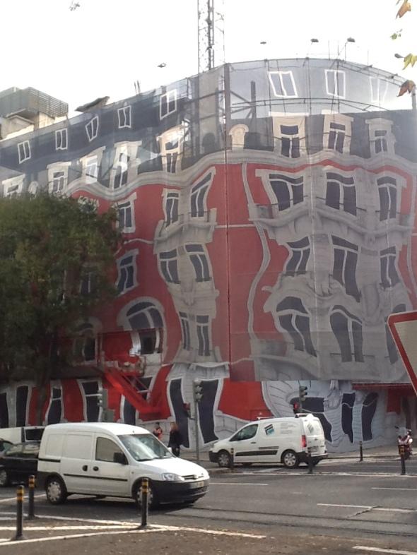 Lisbon story la città portoghese e i suoi palazzi avenida de Libertade rossella farinotti labrouge