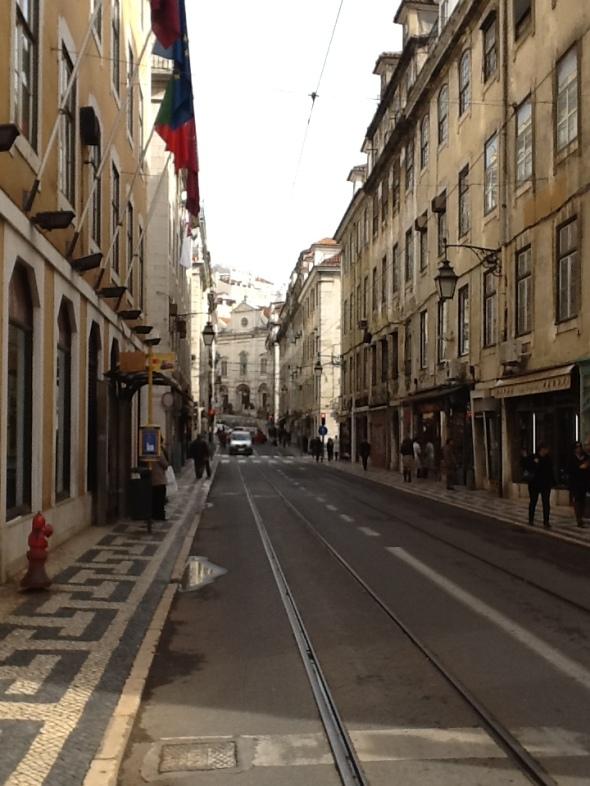 Lisbon story la città portoghese e i suoi tram rossella farinotti labrouge