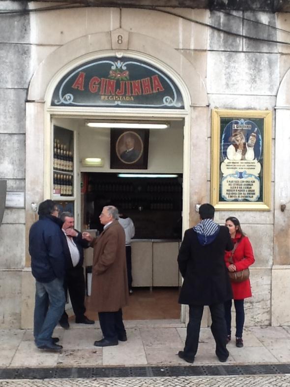 Lisbon story la città portoghese e il posto della Ginja  rossella farinotti labrouge