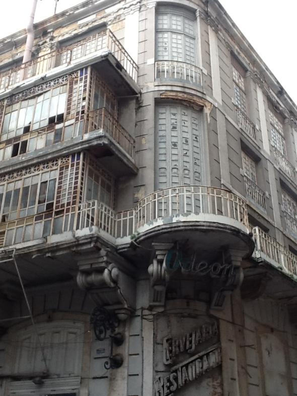Lisbon story la città portoghese e il teatro abbandonato Odeon di Baixa rossella farinotti labrouge