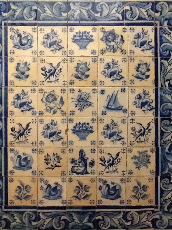 Lisbon story la città portoghese e le azulejos particolare rossella farinotti labrouge