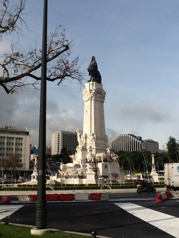 Lisbon story la città portoghese e le sue piazze marquis de pombal rossella farinotti labrouge