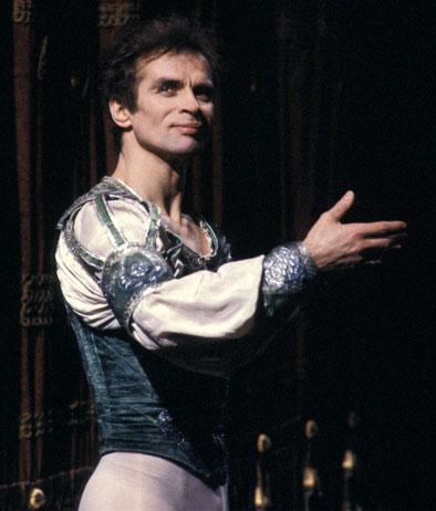 Rudolf Nureiev in Romeo l'arte della danza vent' anni fa moriva nureiev  rossella farinotti labrouge