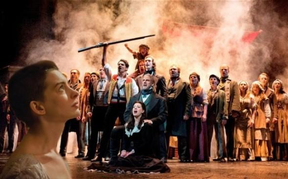 locandina musical i Miserabili  melodramma cantato dai tratti espressionisti rossella farinotti labrouge