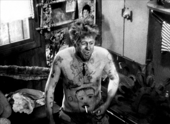 Educazione Siberiana e del tatuaggio, Michel Simone ne l'Atalante di Jean Vigo  il tattoo nel cinema labrouge