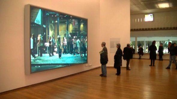 jeff wall l artista canadese  in mostra al pac padiglione arte contemporanea fino al 9 giugno milano labrouge