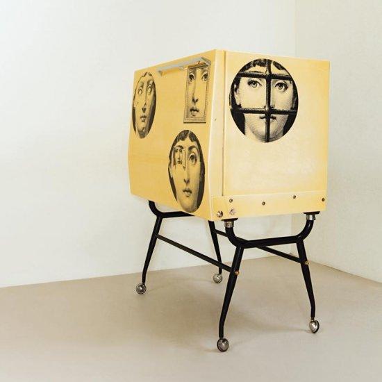 piero fornasetti, mobile di Lina Cavaglieri in 350 moduli Triennale Milano labrouge