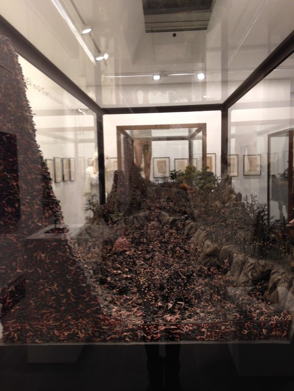 jake & dinos chapman @ serpentine gallery glass box london come and see labrouge