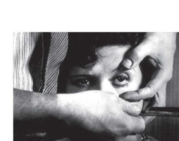 Pic 12 Un chien andalou. Occhio tagliato dalla lama di rasoio, Bunuel e Dali, 1939