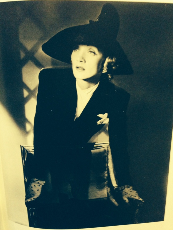 M.B. il piacere dell'occhio  Marlene Dietrich by Horst P. Horst Biffi arte Piacenza labrouge