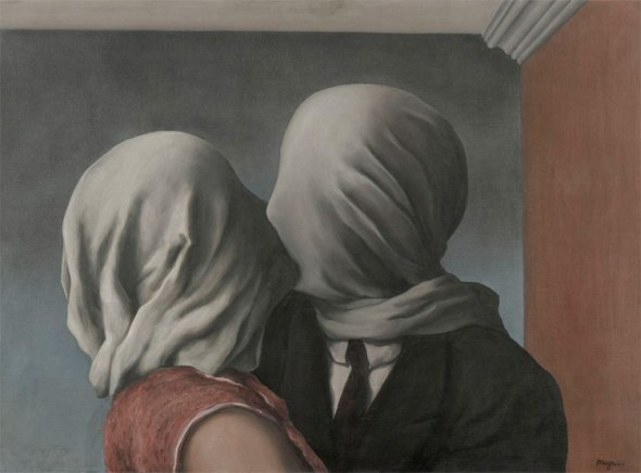 Rene Magritte, LEs amants, Lovers, The Mystery of the Ordinary 1926-1938 The Art Institute of Chicago, labrouge egg and bird