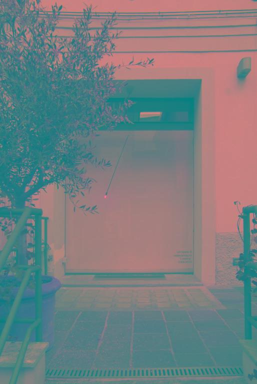 loading vedovamazzei sarpi otto public art  vetrina labrouge milano