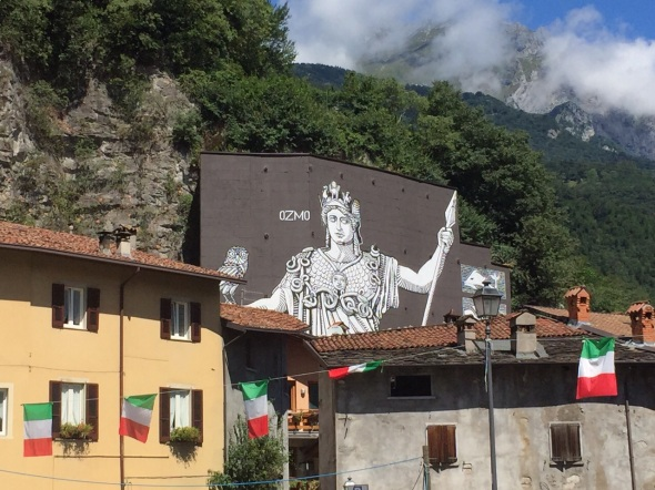 valle camonica that's valley that's contemporary culturale ozmo murale breno labrouge exibart